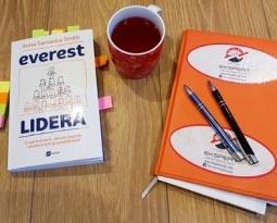 """Jak zarządzać ludźmi, czyli """"Everest lidera"""""""